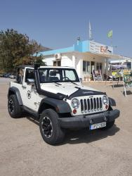 Jeep Wrangler 4x4 automatic cabrio 4 persons